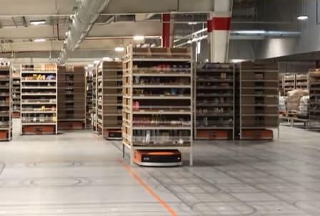 Amazon es una de las multinacionales que más está gastando en la robotización de sus centros logísticos